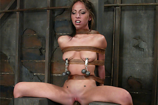 Veronica Jett in the roughest sex of her life - BDSM porn