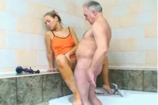 Granddaughter fucks grandfather in the bathroom - Czech family porn