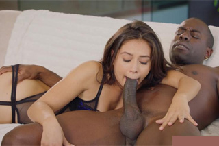 Married businessman Joss Lescaf banging his hungry assistant Jynx Maze