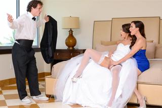 Ženich nachytá nevěstu s nevlastní matkou! (Diamond Foxx a Eveline Stone)