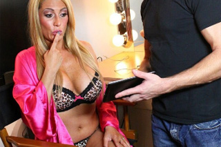 """Mature """"Camgirl"""" Jennifer Best gets fucked by stepson!"""